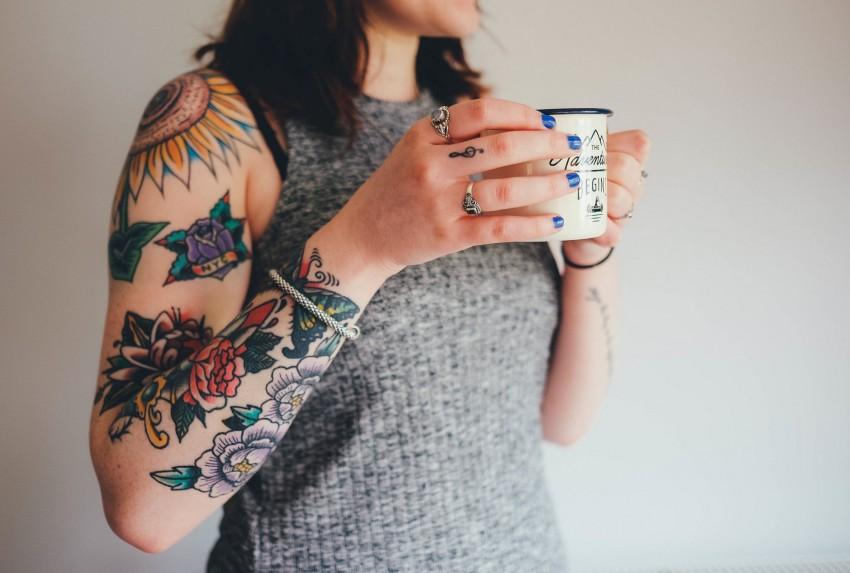 Pigmenty Z Tatuażu Wędrują Po Organizmie Kopalniawiedzypl